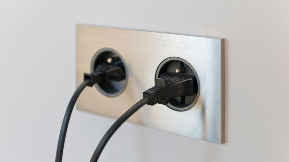Dysfonctionnement prises électriques : comment résoudre ce problème ?