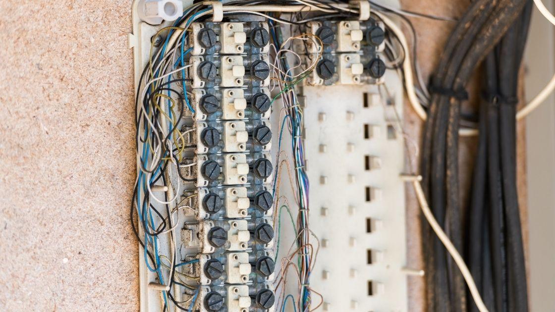 Installation électrique vétuste remplacer