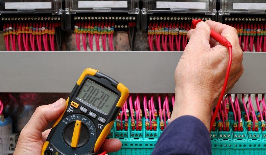 Problème circuit électrique intervention urgence : que faire ?